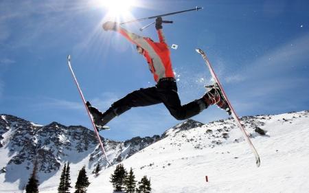sport_alpine_skiing_024507_